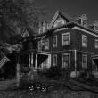 Berry-Manor-halloween