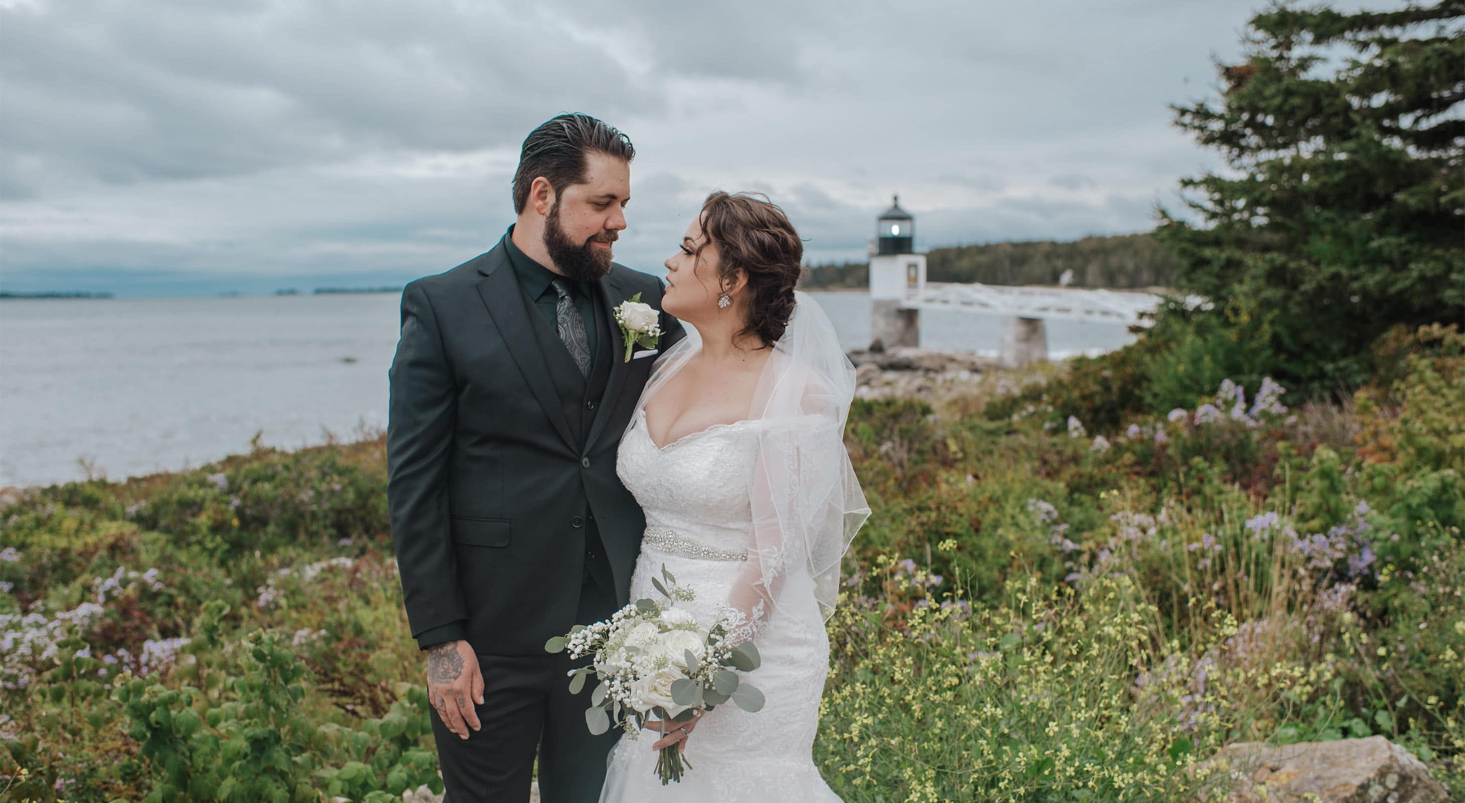 Bride and Groom in front of lighthouse
